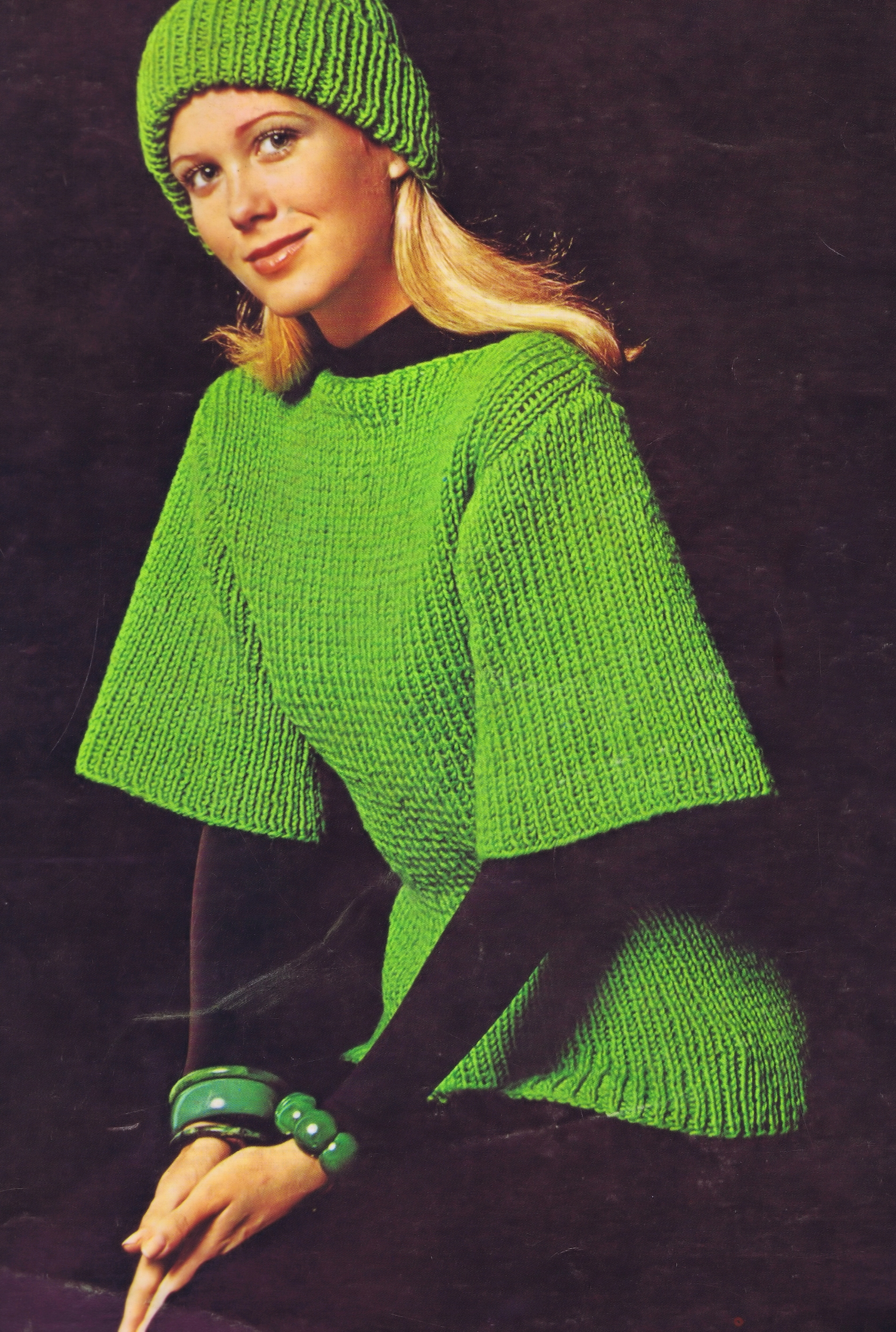 Free Vintage Knitting Pattern Tunic Cap Ensemble Bust 32-38 Inches